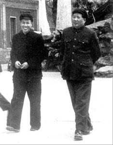 """身边工作人员揭毛泽东讲""""粗话""""为何爱用屁字"""