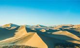 鸟瞰甘肃敦煌 沙林交织尽呈大漠美景