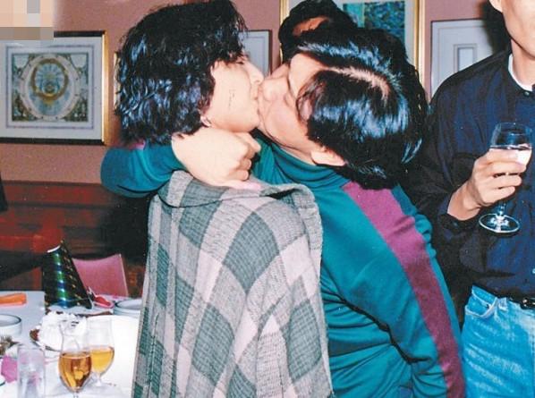 吴婉芳与亡夫绝密旧照曝光 两人爱情故事感人泪下