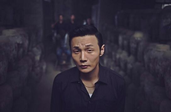 李荣浩被邓超嘲笑眼小很委屈:反正被人从小说