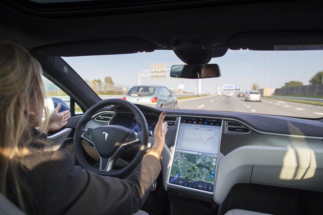 美国投行看好Model 3市场前景 给予特斯拉股票买入评级