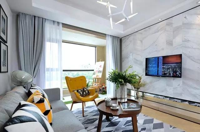 新房客厅还是沙发+茶几+电视墙?你out了!
