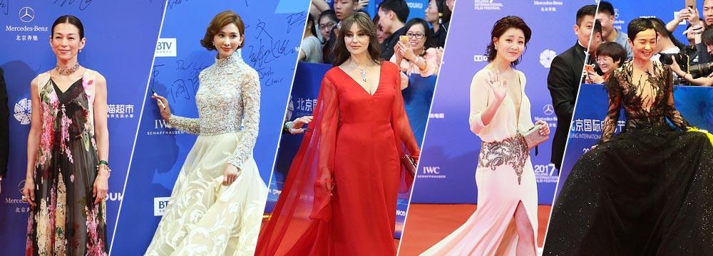 第7届北京电影节闭幕式红毯:莫妮卡·贝鲁奇惊艳亮相