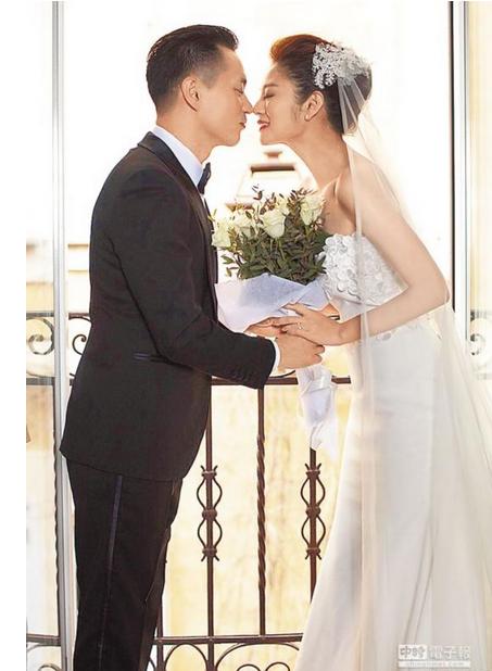 安以轩6月5日夏威夷婚礼 要求宾客穿着鲜艳