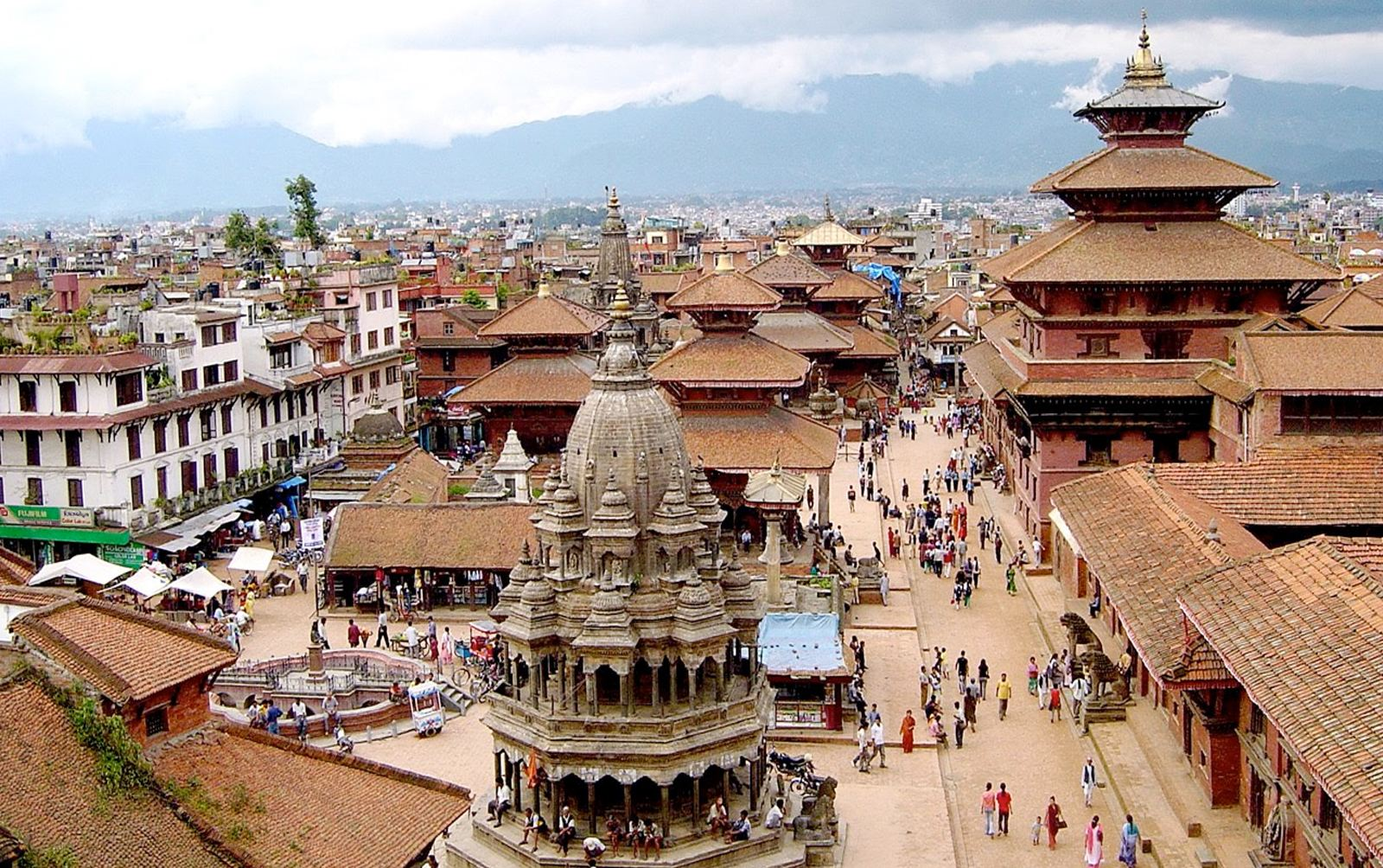 6名中国人携315万现金在尼泊尔被捕 正要前往西藏
