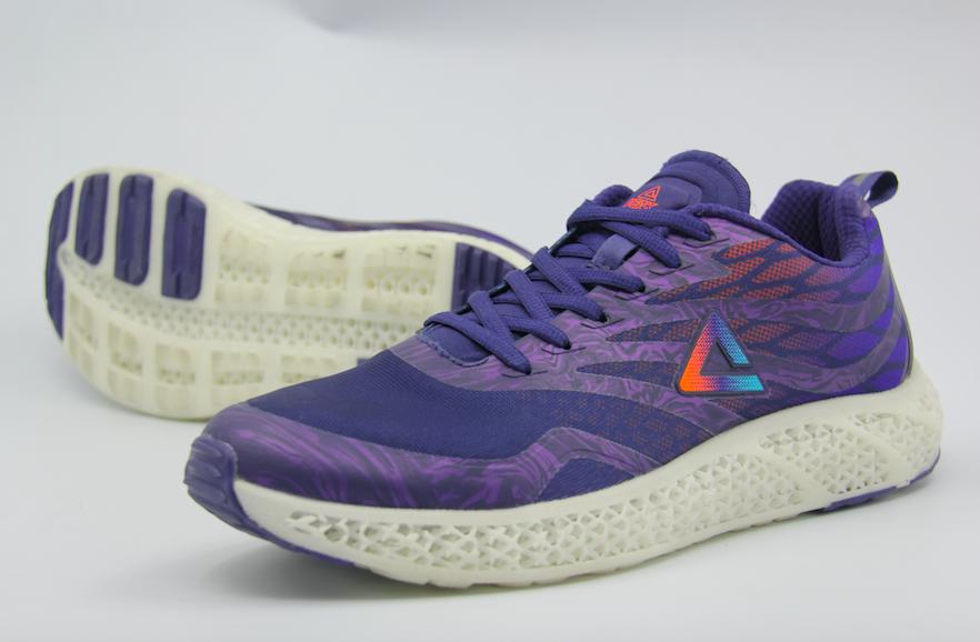世界四大名跑鞋_匹克推出中国首款3d打印跑鞋