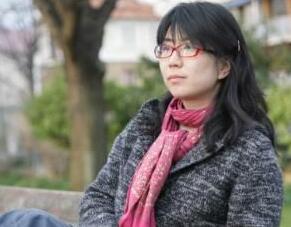 北影遭性侵女大学生同学:教授扣押毕业证性侵胁迫