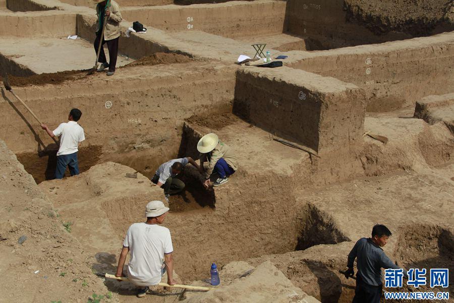 安阳殷墟大遗址:现1800年前少数民族特征墓葬群
