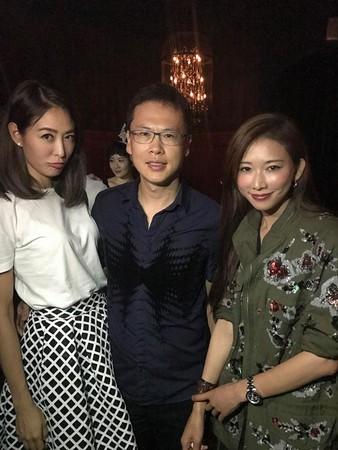 """林志玲与闺蜜合影变""""圆脸尖眼"""" 网友惊呼:怎么成这样"""