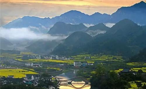 龙川风景区位于皖南绩溪县龙川村,是胡姓聚族而居拥有千年历史的古