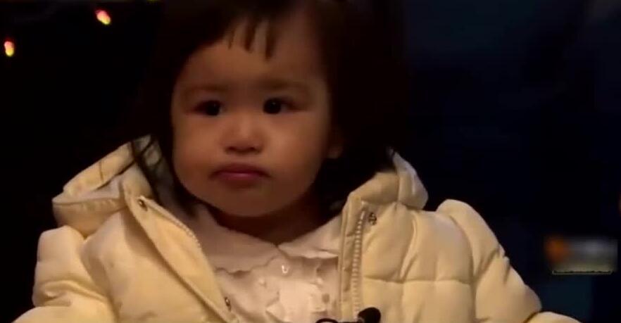 《妈妈是超人》:饺子向爸爸告状太可爱了