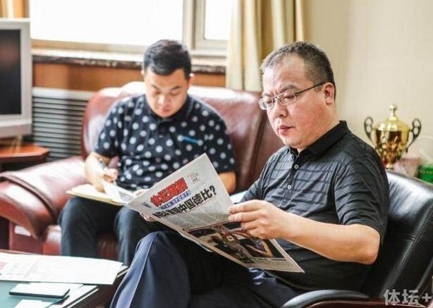 丁东:中国正成世界电竞中心 需更多统治力原创项目