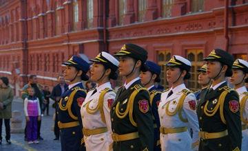 海陆空仪仗女兵