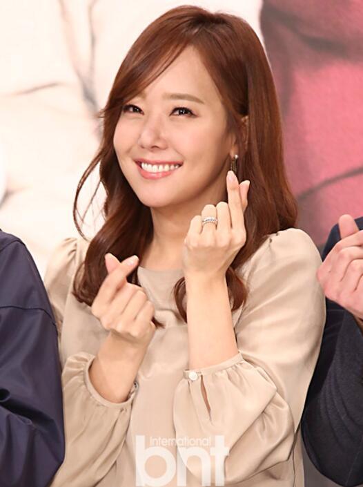 韩女星苏有珍怀第三胎 生日当天分享喜讯