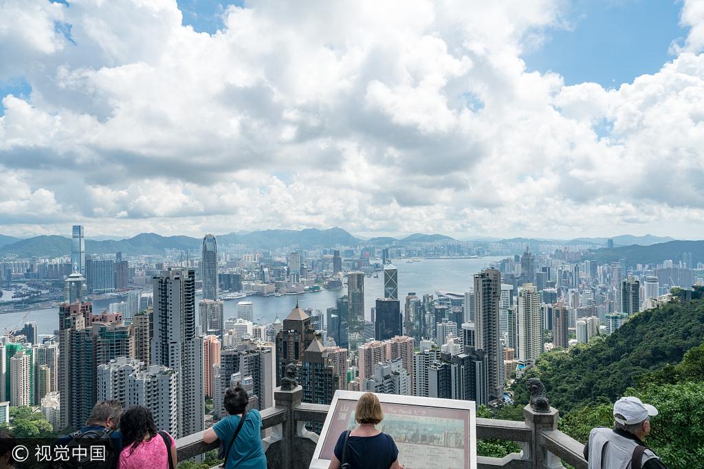 游客300元报名港澳游遭强制消费 旅行社称不知情