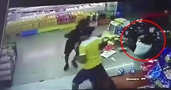 广州18岁女孩在巴拿马打工遭枪杀