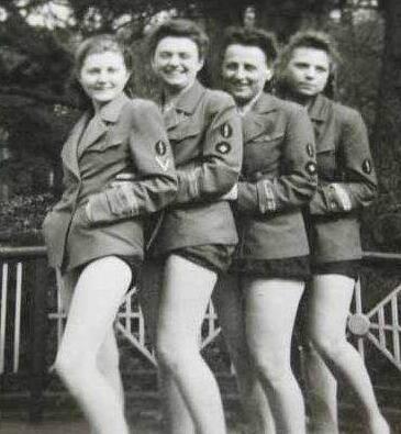 二战时纳粹女兵不上战场,却有无数人死在她们手中