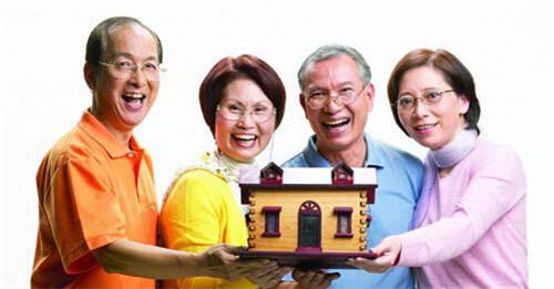 南京首例以房养老者签约 抵押百万元房屋可领5000元