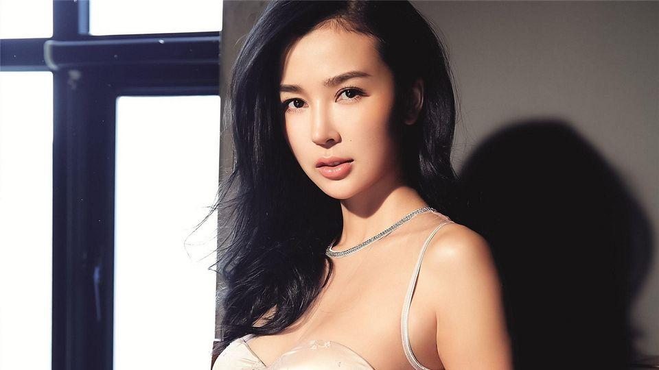 华人之傲又多一枚 姚星彤受任国际电影节评委