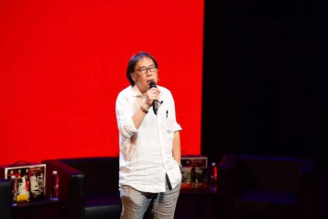 汪峰和西川竟然同台演讲,只因为主题是鲍勃·迪伦