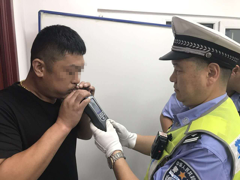曝光 青岛交警第5批34起十类重点交通违法名单公布