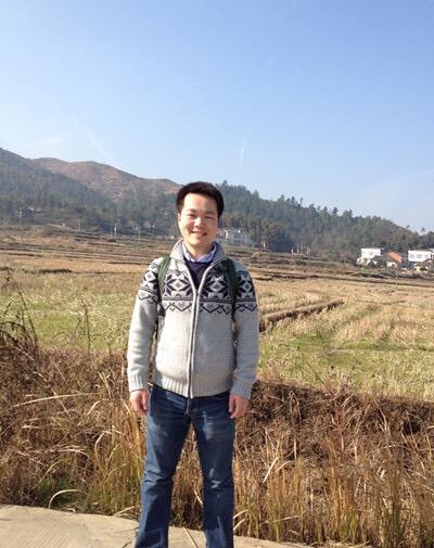 他曾走上哈佛毕业演讲台 如今出书讲中国乡村(图)
