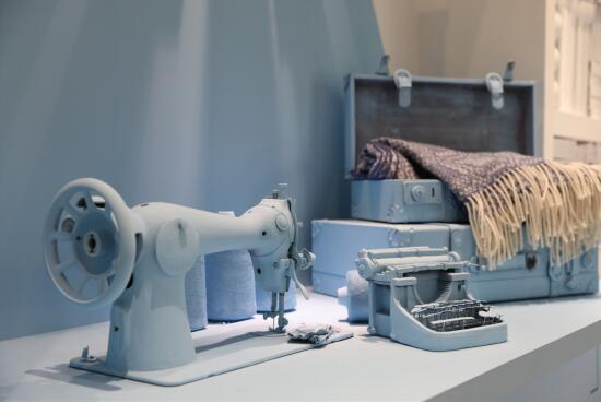 此次优艺时尚与著名设计师郦波先生合作,对北京展厅进行了全新的设计