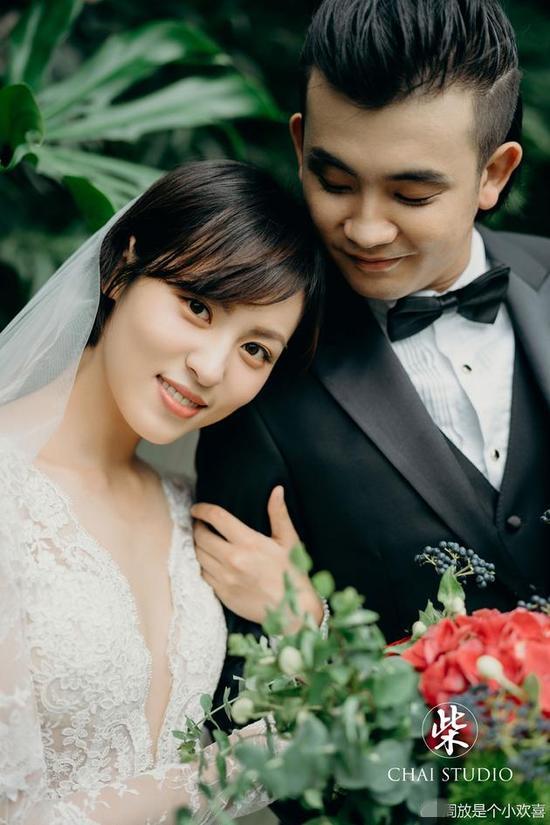 """《新还珠》""""柳红""""周放宣布结婚 林更新等好友送祝福"""