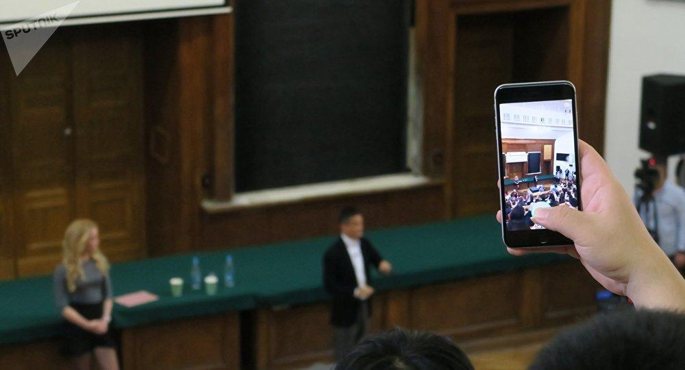 马云:阿里计划在莫斯科开设实验室并招聘5000人