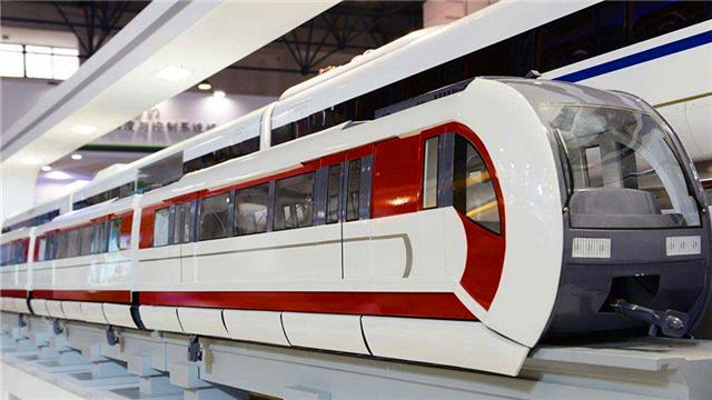 北京首条中低速磁悬浮列车试跑
