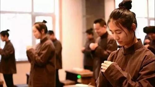 【免费】尊老重孝,与爱同行--重阳节游崂山书院