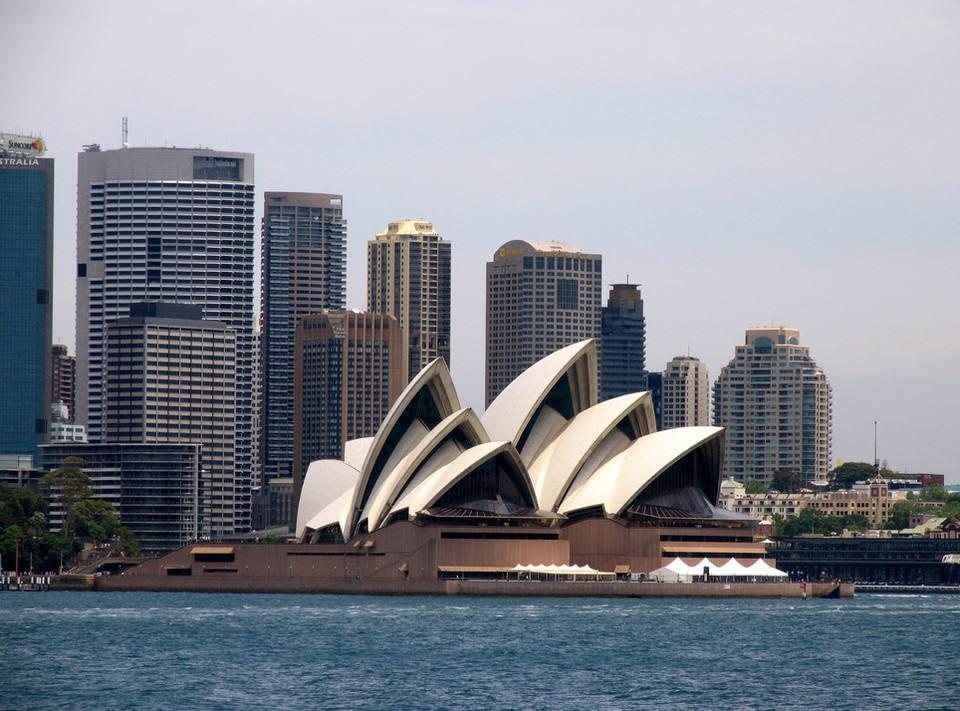 发生了什么?突然中国富人蜂拥进澳大利亚购买资产
