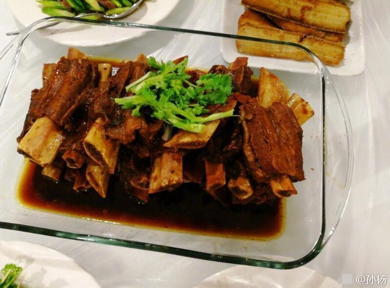 孙杨亲自掌勺大展厨艺