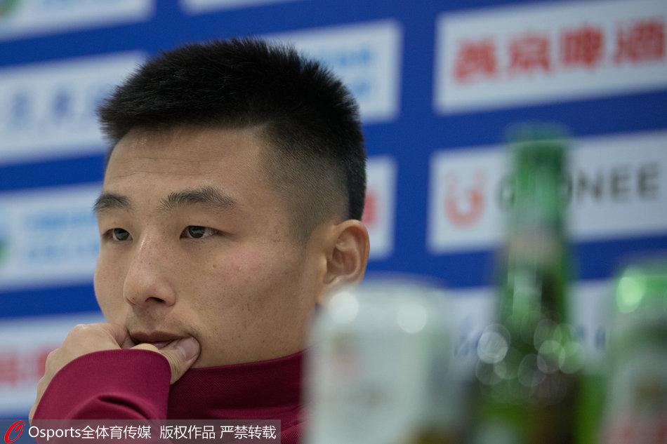 武磊:很高兴入围亚洲足球先生 冠军肯定是上港的