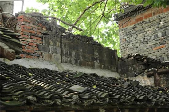 """设计师重建清末老宅,变废墟为""""苏式""""六口之家"""