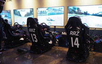 韩国兴起竞速游戏网吧 最低价一小时36元
