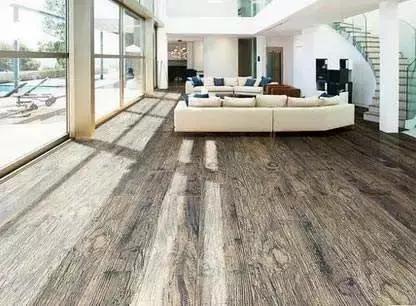 卧室,客厅可以铺木地板,美观大方厨房,卫生间,阳台可铺瓷砖,易打理