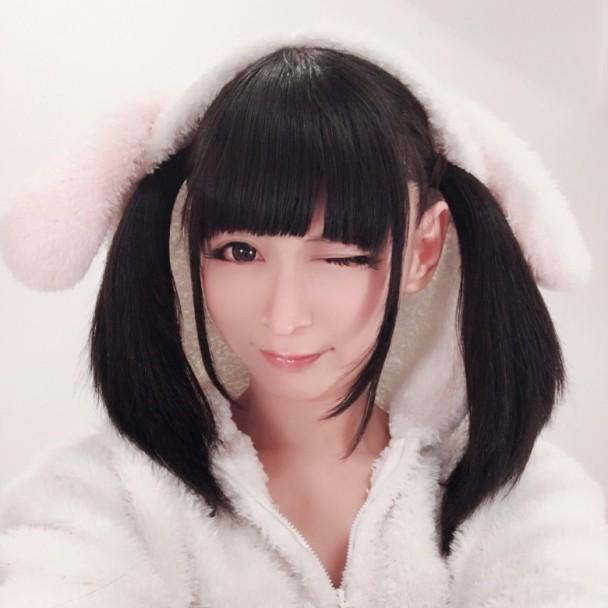 日本40岁伪娘大叔女装庆生 甜美长相令网友崩溃