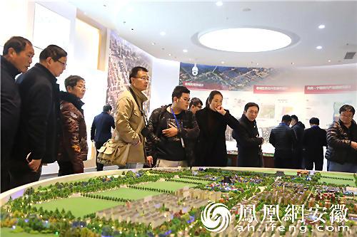 凤观凤阳全媒体行走进凤阳规划馆 领略凤阳的城市名片