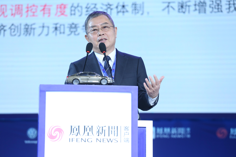 李扬:宏观审慎有不同于货币政策的方面 两者必须配合