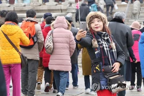 韩国旅游收入锐减 中国游客人数月均减少36.6万人