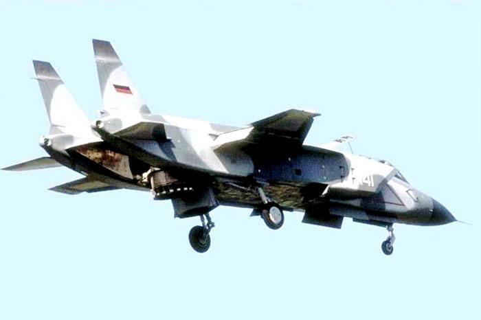 俄或重启垂直起降战机:技术储备丰厚 上新航母