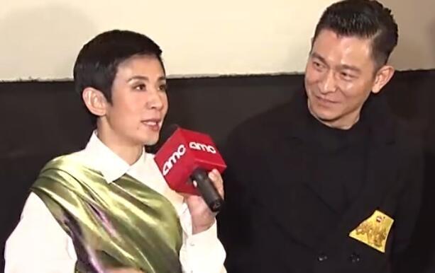 刘德华力挺老友新片首映 吴君如称接他电话感动到落泪
