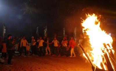 定安县举办第二届星空露营篝火节 打造特色旅游品牌