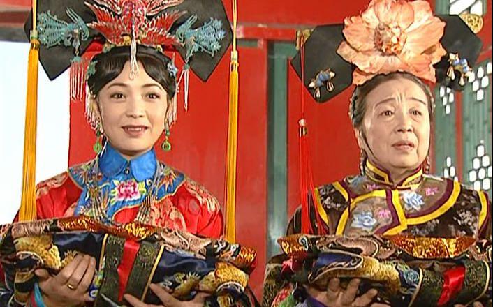 央视春晚:《还珠》皇后和容嬷嬷重聚 冯巩32次登台