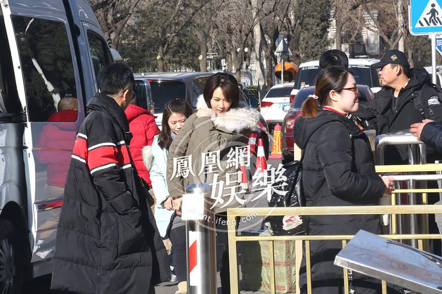 狗年央视春晚语言类节目审查 杨紫邓伦李明启等现身