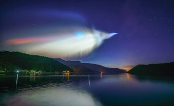 这国小型火箭欲与SpaceX竞争 网友拍下奇幻天象