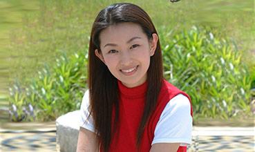 她曾与邓超合作,如今患癌病逝,年仅36岁