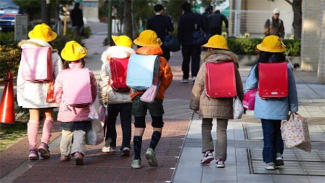 为什么日本小学生的书包,一个能卖2000多块人民币?看完真心佩服