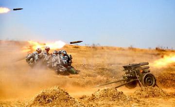 看正规军如何用游击战神器:空降兵操作107火箭炮